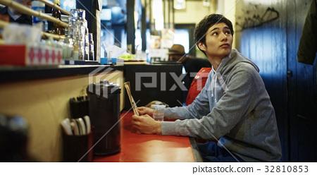 Sapporo Ramen shop Counter seat Men 32810853
