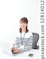 企業形象·年輕的女士 32814012