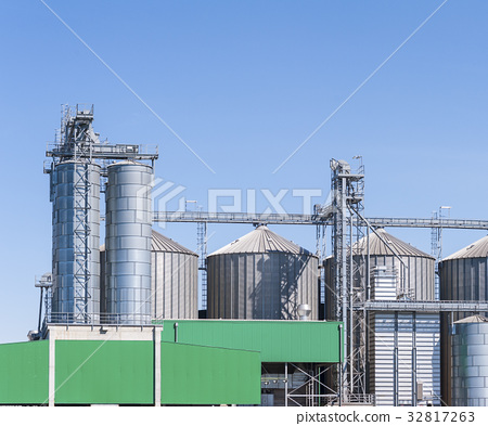 Storage facility cereals, and biogas production 32817263