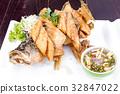 Sea bass fried 32847022