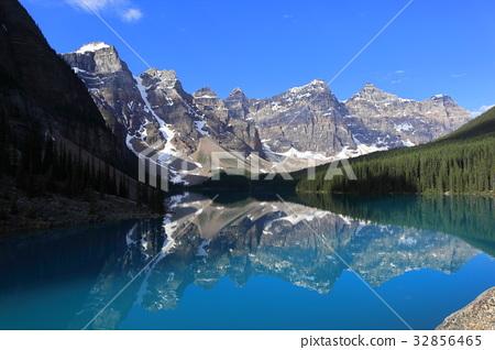 加拿大落基山脈班夫國家公園 - 夢蓮湖 32856465