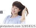 female, lady, woman 32858325
