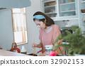แม่บ้าน,ผู้หญิง,หญิง 32902153
