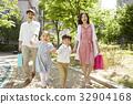 家庭 家人 家族 32904168