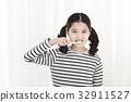 상반신, 소녀, 칫솔 32911527