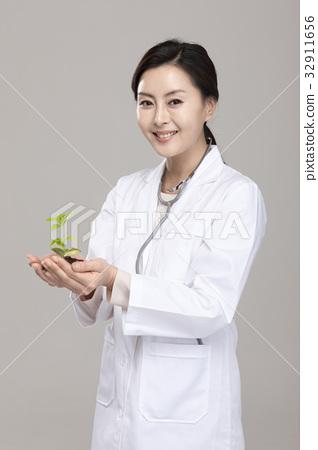 의사 32911656
