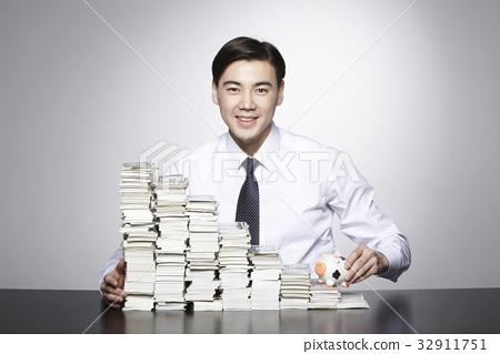 돈,달러,비즈니스맨 32911751