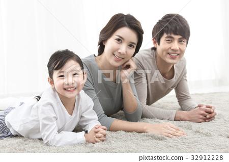 가족 32912228