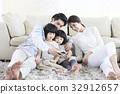 30대, 가족, 스마트폰 32912657