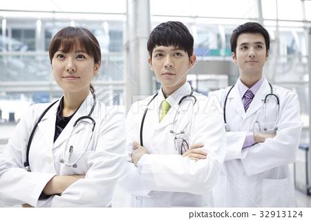 의사 32913124