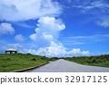 구름, 푸른, 녹색 32917125