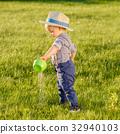 บัวรดน้ำ,เด็ก,เด็กผู้ชาย 32940103