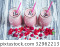 jar, milkshake, berries 32962213