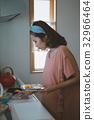 housewife 32966464
