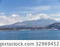湖泊 湖 山峰 32969452