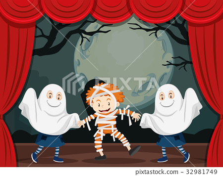 Ghosts and mummy on stage play 32981749