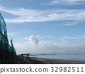 稲毛海岸에서 푸른 하늘과 흰 구름 32982511