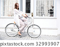 shopping, bicycle, bicyclists 32993907