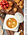 Sweet white fungus and lotus seeds soup   33030269