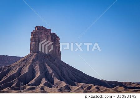 Chimney Rock formation 33083145