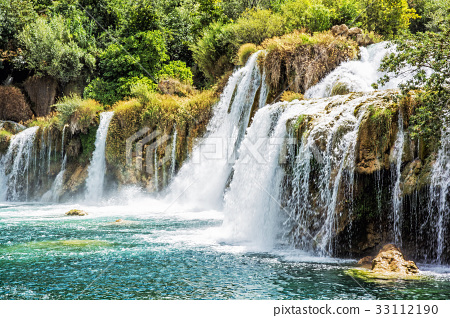 Krka waterfalls, croatian national park, side view 33112190
