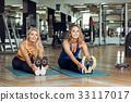 女性 女 训练 33117017