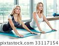 女性 女 训练 33117154