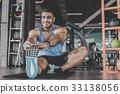 sport gym man 33138056