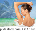 woman antiperspirant armpit 33146141