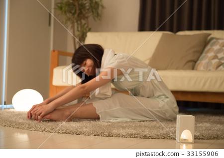 睡前靈活的女人 33155906