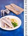 raw fish 33161146
