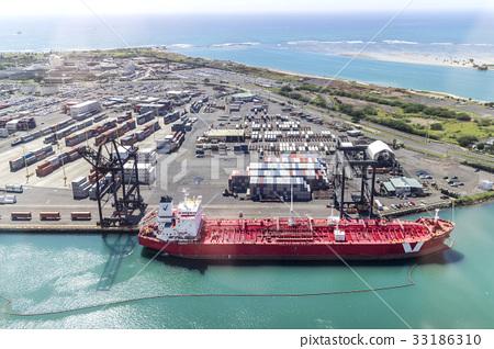 Port Of Honolulu >> Tanker Port Of Honolulu Sands Island Honolulu Oahu Hawaii Usa