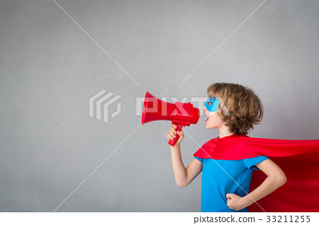 Child pretend to be superhero 33211255