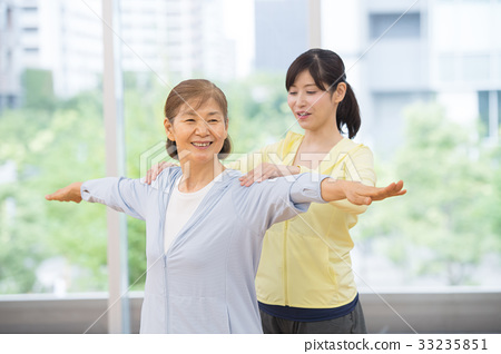 瑜伽 瑜珈 年長 33235851