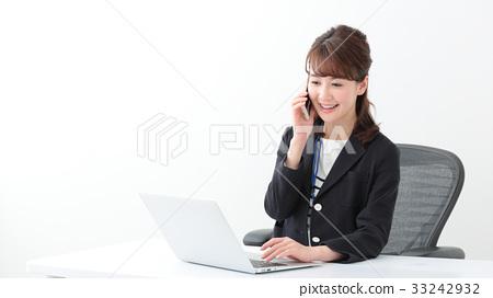 企業形象·年輕的女士 33242932