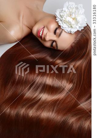 girl with beautiful long hair 33316180