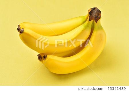 주의) 바나나 표면의 흑점이나 상처는 수정으로 지우고 있습니다. 손질 흔적이 남아 있습니다. 과일 바나나. 33341489