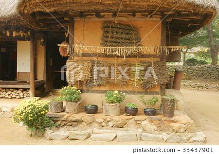 Yongin Folk Village, Yongin-si, Gyeonggi-do 33437901