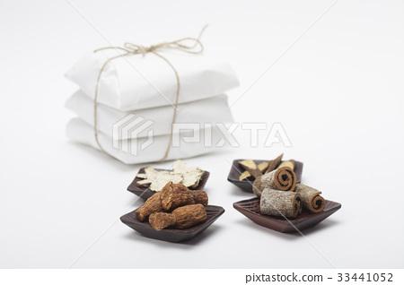 中藥,當歸粥,蟬,肉桂,甘草 33441052