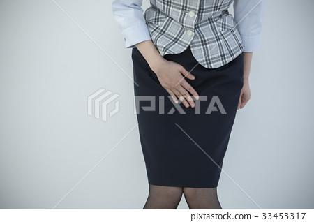 尿意圖尿漏女OL 33453317