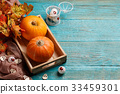Halloween pumpkins , maple leaves, eyeballs 33459301