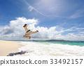 남국의 아름다운 해변에서 단련 남성 33492157