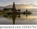 Pura Ulun Danu Bratan temple on Bratan lake 33502742