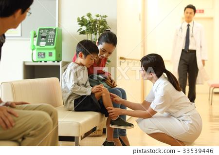 護士和男孩 33539446