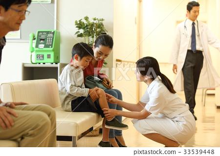 護士和男孩 33539448