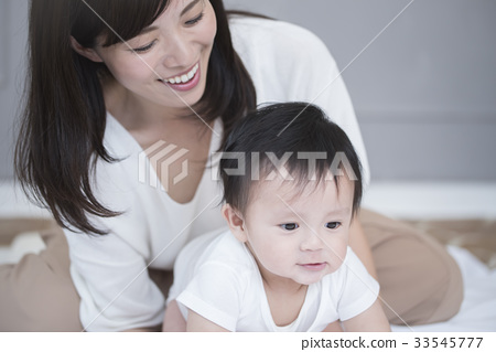 兒童飼養圖像 33545777