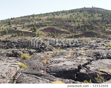 Craters of the Moon 33552609