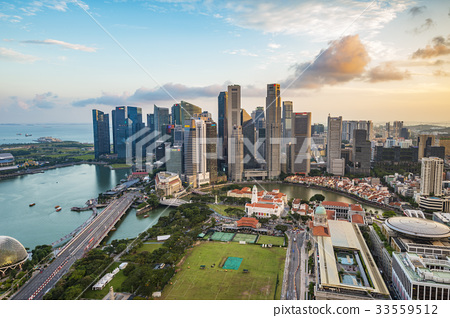 SINGAPORE-City skyline Marina Bay and Raffles  33559512