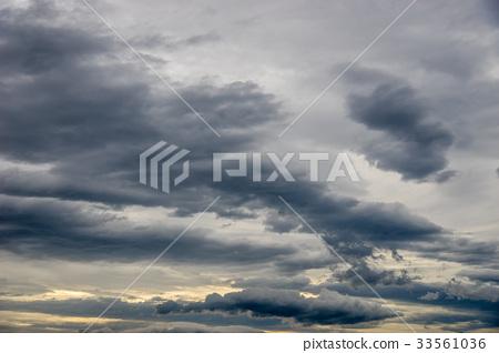 Rain clouds 33561036