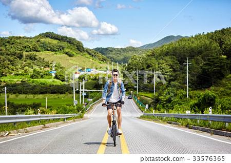 자전거,젊은남자,공주시,충남 33576365